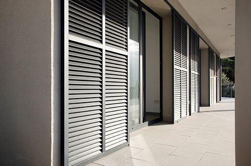 Okiennice zewnętrzne aluminiowe